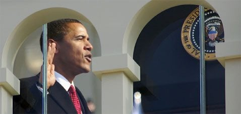 Obama takes office, appeals for 'hope over fear'
