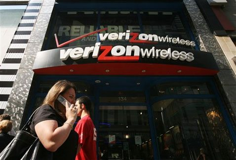 Verizon Android ads target iPhone weaknesses 