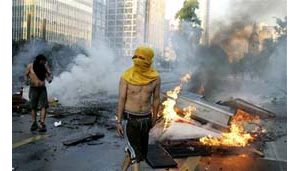 Pinochet's death sparks clashes in Chile