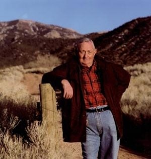 Acclaimed author Tony Hillerman dies at 83