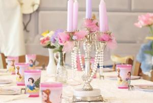 Tablesetting at Mrs. Pott's Tea Party
