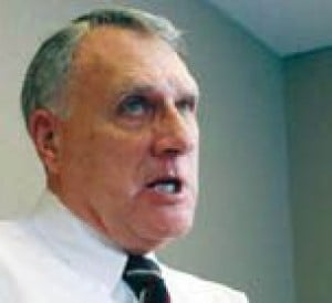 Kyl uses record as Bush supporter in campaign