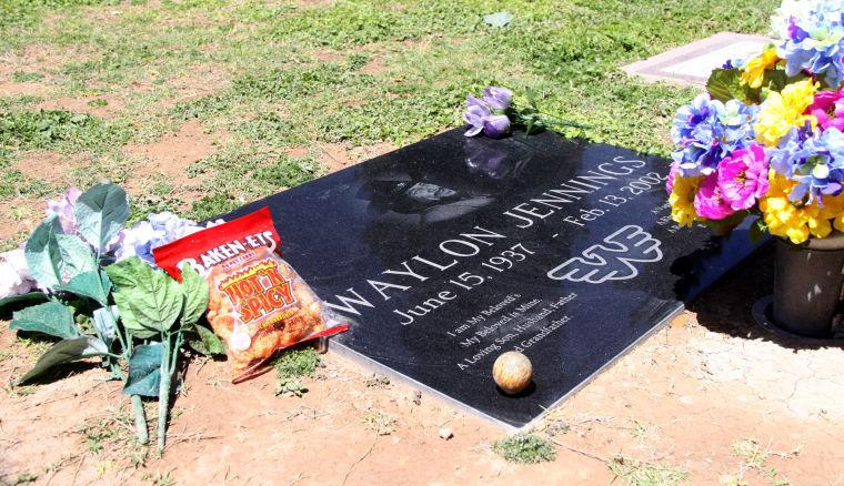 Waylon Jennings grave site