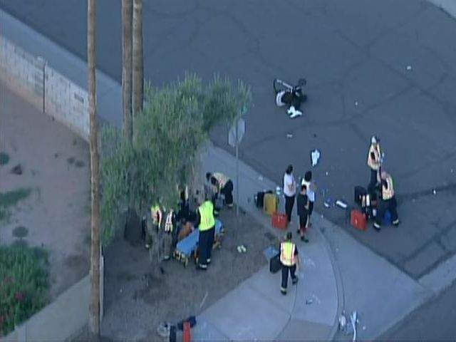 Baby in stroller, 3 adults hurt in Tempe crash