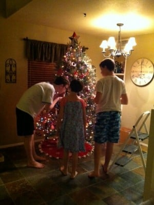 Siroky kids decorate Christmas tree