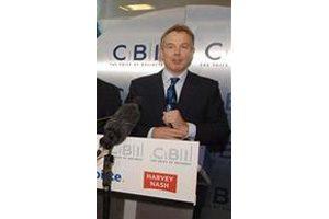 Blair says Britain considering nuke power