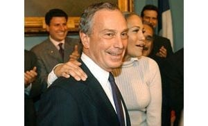 NYC mayor Bloomberg finally meets J.Lo