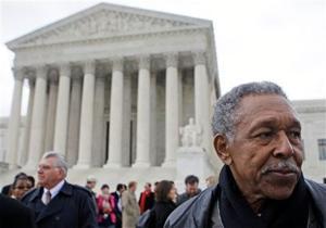 High court looks at reach of 2nd Amendment