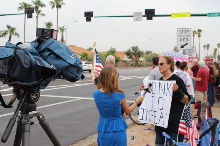 Protestors greet Obama in Ahwatukee