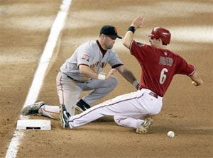 D-Backs sweep Giants for 5th-straight win