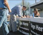 Scottsdale strip clubs step up petition drive