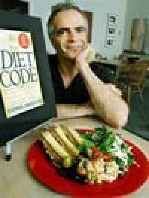 Baker writes 'Da Vinci'-based diet book
