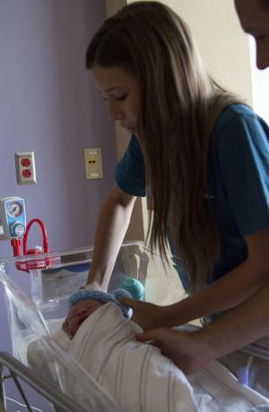 Mercy Gilbert Medical Center Teen Volunteers