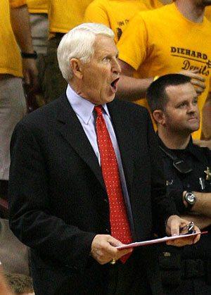 Olson will return to coach to Arizona