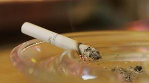 Obama signs anti-smoking legislation