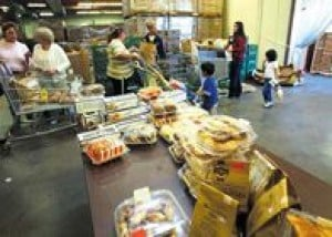Valley food banks seek donations 