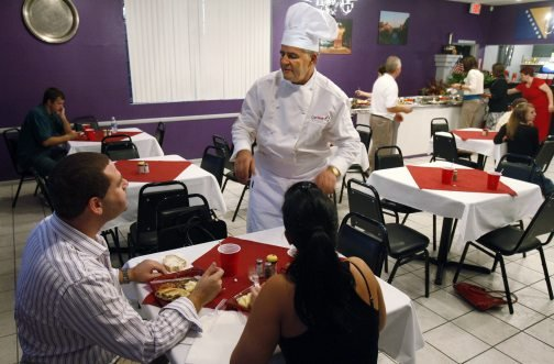 Bosnian refugee finds recipe for success in Tucson