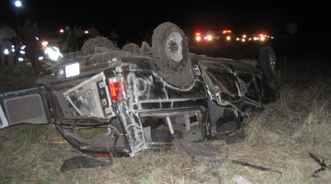 10 people killed in vehicle rollover