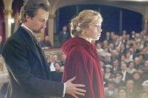 Edward Norton's magic is intact in 'Illusionist'