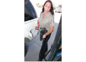 Holiday travelers to brave gas costs