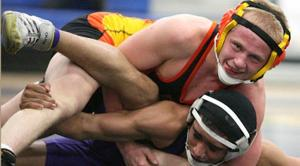 East Valley prep wrestling preview