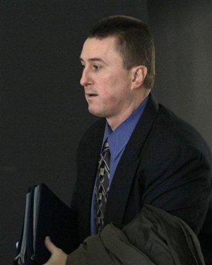 Deputy U.S. marshal guilty of leaking secrets to mob