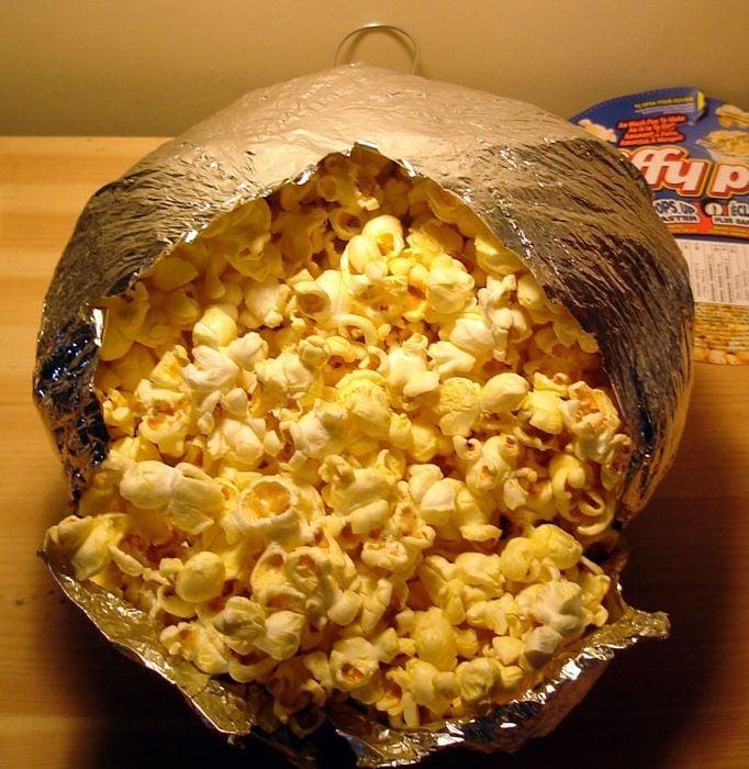 Professor Hanington's Speaking of Science: The science of popcorn ...