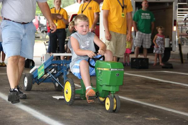 008 Pedal Tractor Pull 2014.jpg