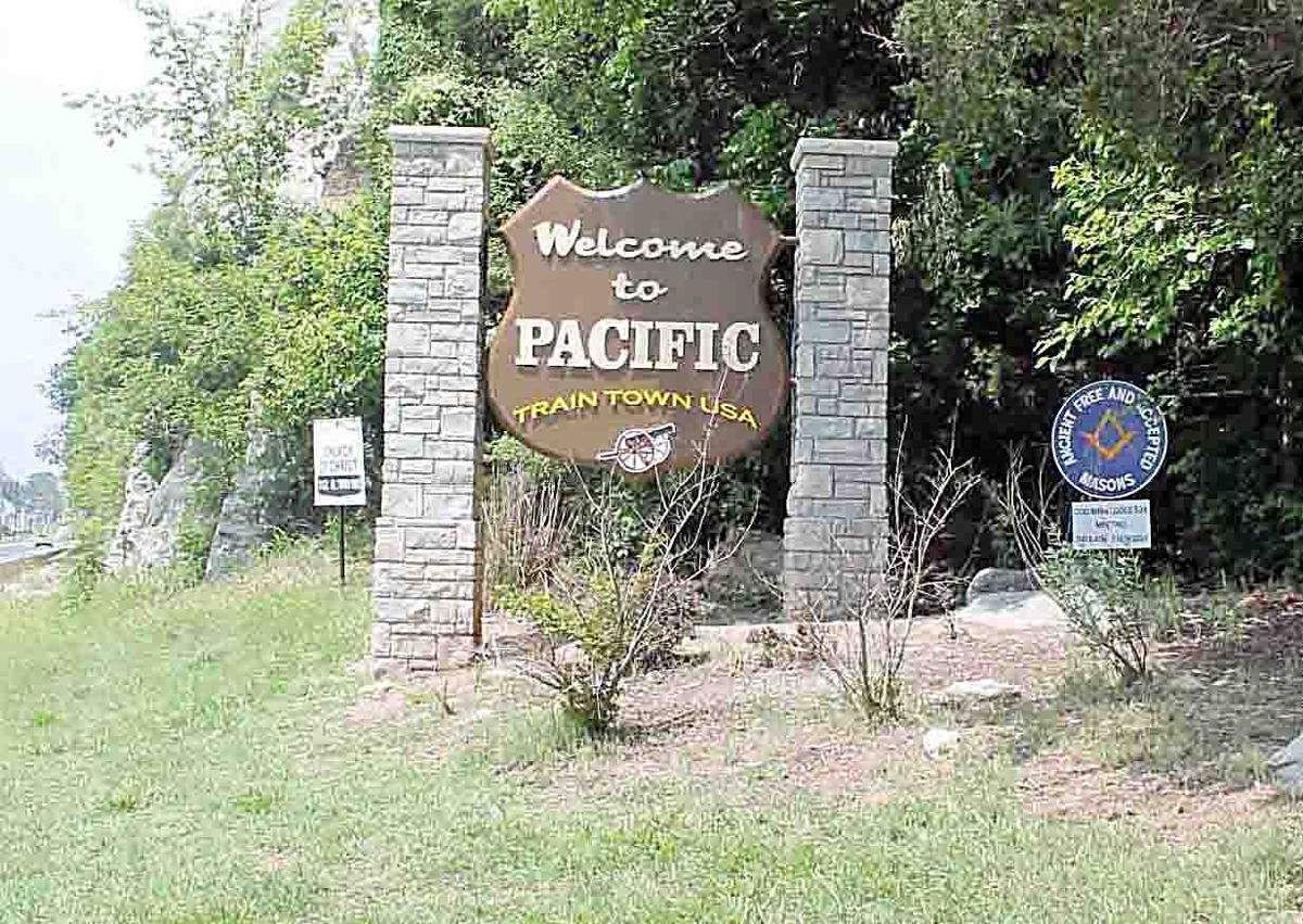 Pacific Sign