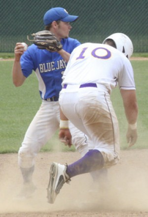Blue Jays Upset Eureka, Lose To Lafayette