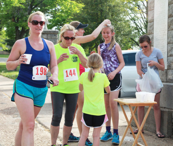 034 YMCA May Run 2014.jpg