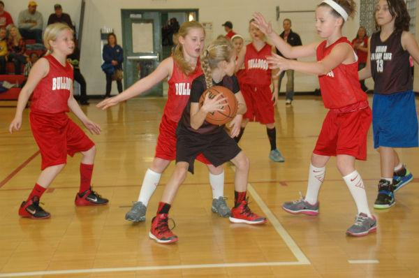 011 St Clair Junior Girls Basketball.jpg