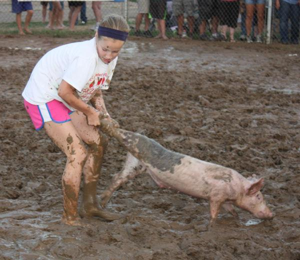 014 Franklin County Fair Pig Scramble.jpg