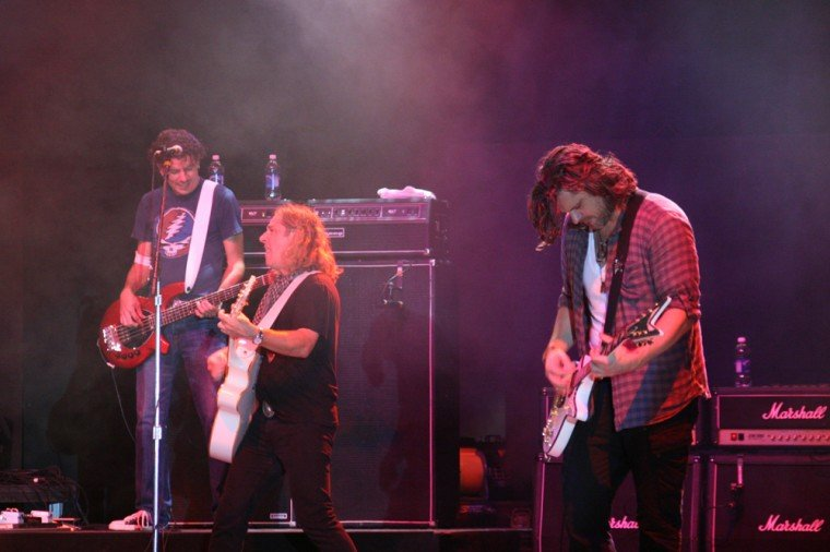 019Collective Soul Play TnC Fair 2011.jpg