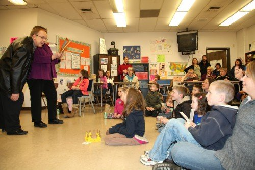 007 Family Reading Night 2012.jpg