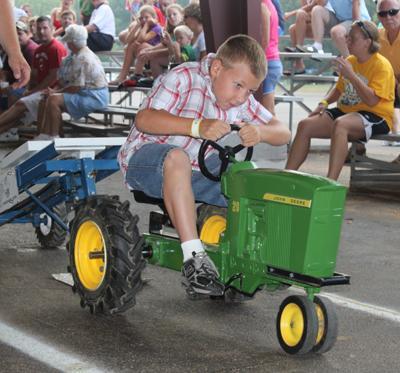 005 Fair Pedal Tractor.jpg