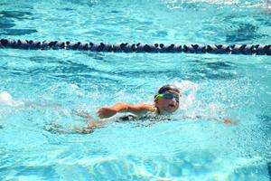 Wins Bronze in 25-Meter Swim