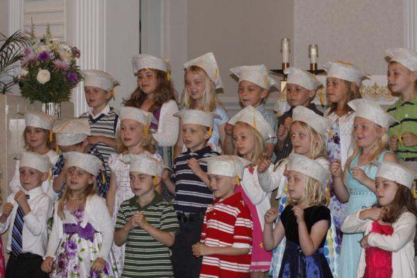 008 St. Gert Kindergarten Grad.jpg