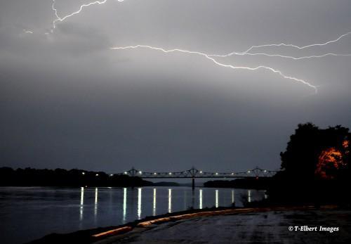 Lightning 7.jpg