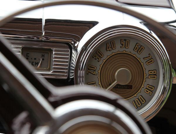 029 Car Show Washington Senior Center.jpg