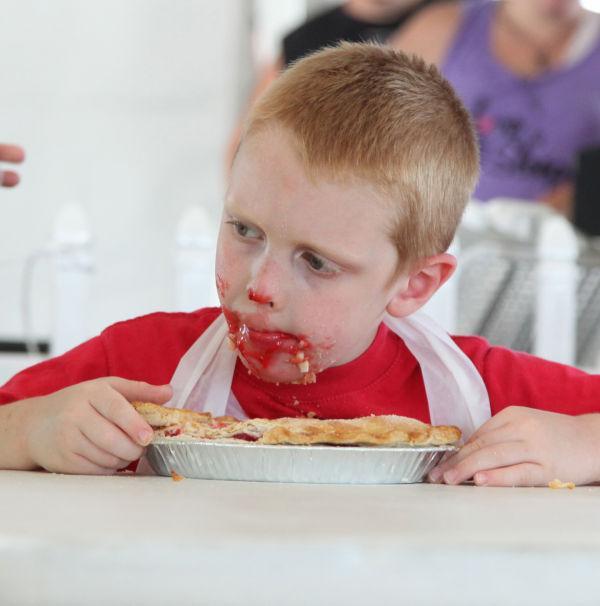 025 Pie Eating Contest 2013.jpg