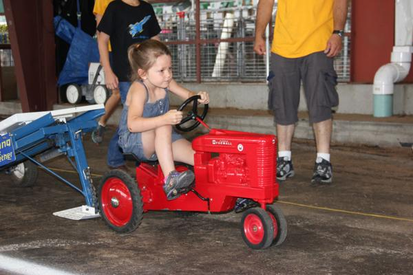 009 Pedal Tractor Pull 2014.jpg