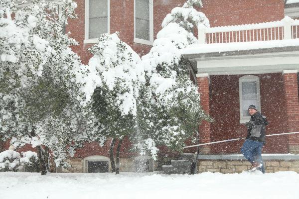 023 March Snow.jpg