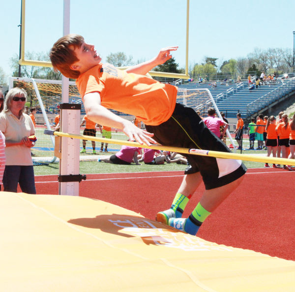 029 7th and 8th Grade Track and Field.jpg