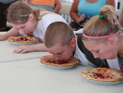 008 Fair Pie Eating.jpg