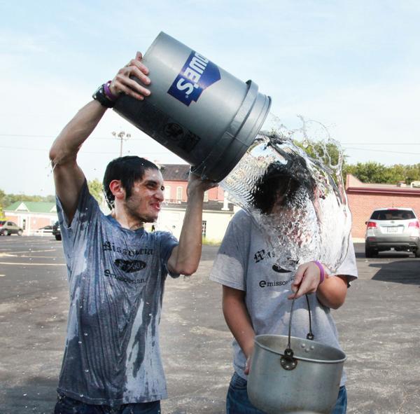 020 Washington Missourian Newspaper Ice Bucket Challenge.jpg