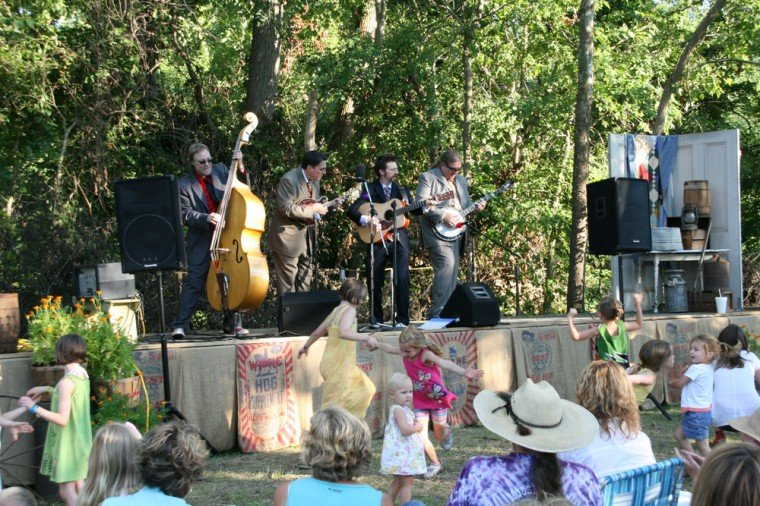 036 Blue Canyon Boys Play Labadie Station.jpg