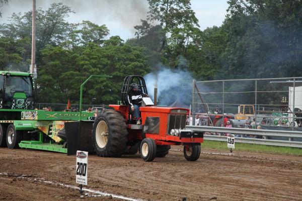 015 Tractor Pull Fair 2013.jpg