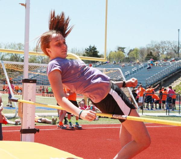 015 7th and 8th Grade Track and Field.jpg