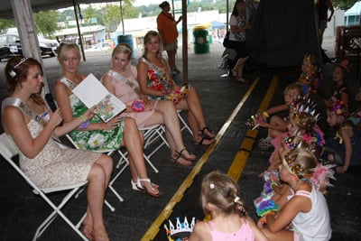 047 Fair Tea With Queens.jpg